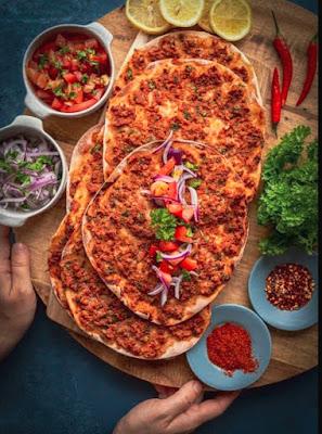 Lahmacun makanan turki