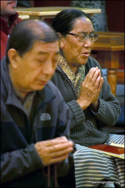Prayer for 6 Self-Immolations in Tibet within 2 Days - 3-x%2BPB080428%2B72.jpg