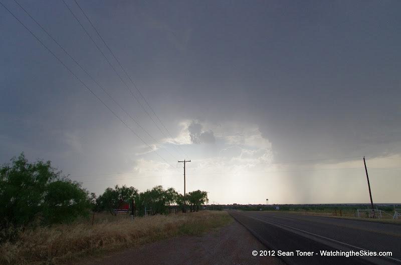 05-06-12 NW Texas Storm Chase - IMGP1001.JPG