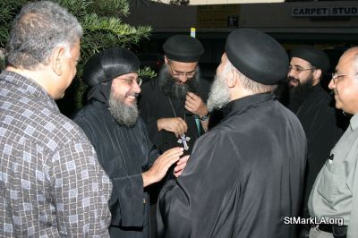 Pope Shenouda visit to St Mark - 2005 - pope_shenouda_at_st_mark_14_20090524_1650765899.jpg