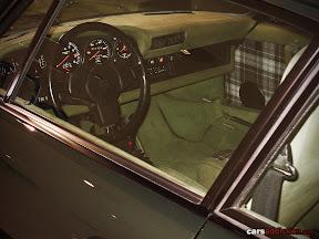 Porsche 911 Turbo 3.0 Coupe Interior