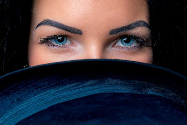 occhi blu di kareas