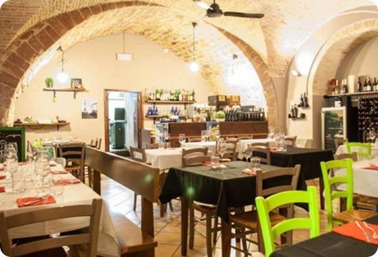 osteria-piazzetta-dellerba-assisi-e1409732271308