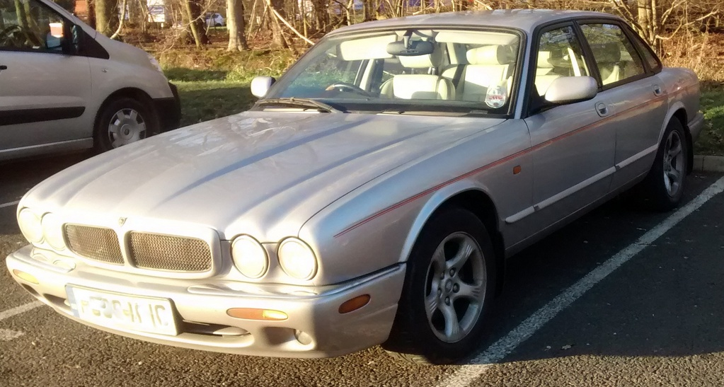 2000 Jaguar XJ8 3 2 Sport - things to know? - Page 1