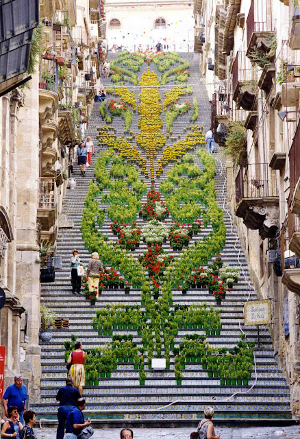 Большая лестница Санта Мария дель Монте