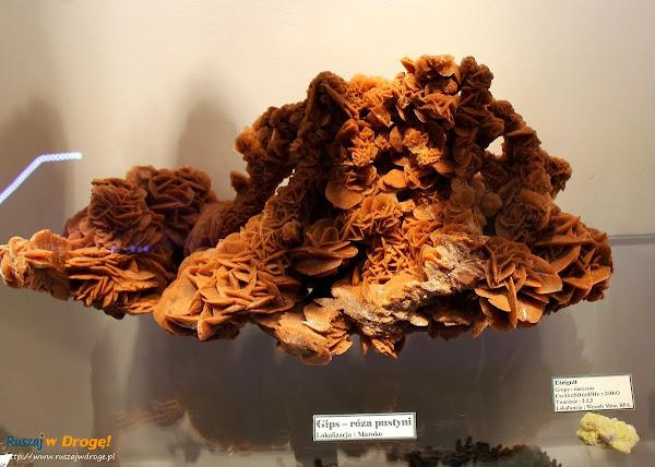 Muzeum Minerałów w Świętej Katarzynie - kamień gips róża pustyni
