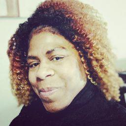 user Angela Townsend apkdeer profile image