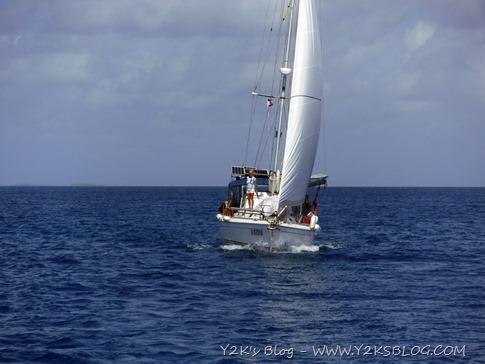 Obiwan verso l'ancoraggio di NE - Apataki