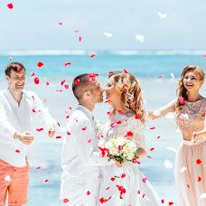 Wedding photographer Elizaveta Braginskaya (elizaveta). Photo of 27.07.2017