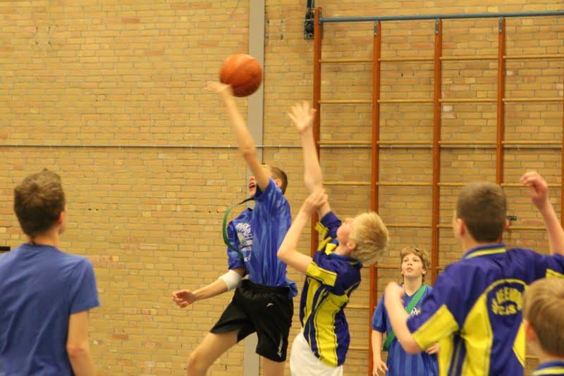 Basisscholen toernooi 2012 - Basisschool%2Btoernooi%2B2012%2B34.jpg