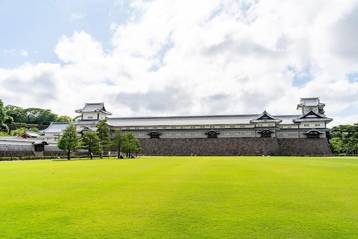 天守閣なき城の観光 金沢城公園 石川県金沢市