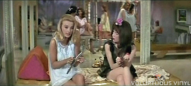 Barbara Bouchet and Shirley Maclaine harem scene.