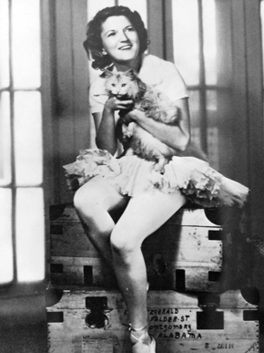 Zelda Fitzgerald and a cat