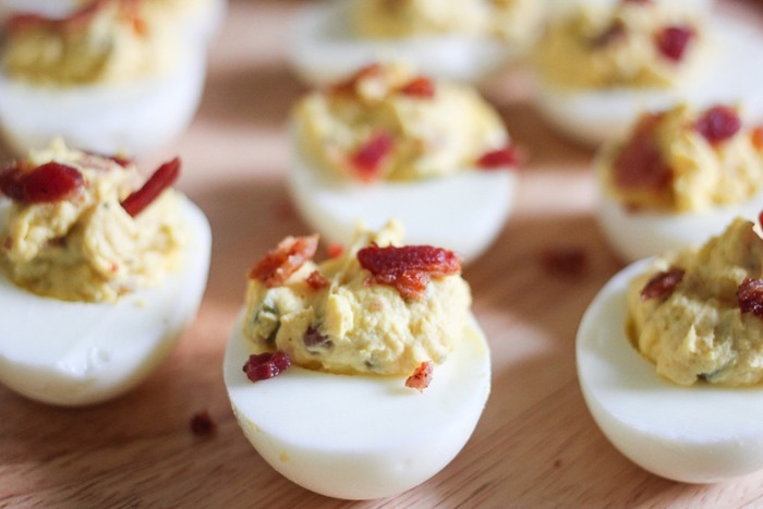 Perfect-Deviled-Eggs-with-Bacon-Jalapeno-20-1024x683