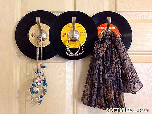 old-record-hat-and-coat-rack