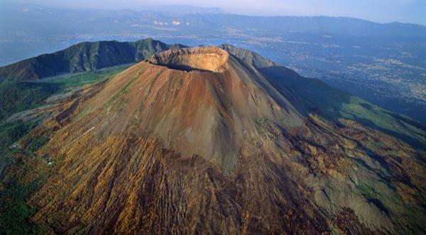 Mount-Vesuvius-entre-os-vulcoes-ativos-mais-perigosos-do-mundo
