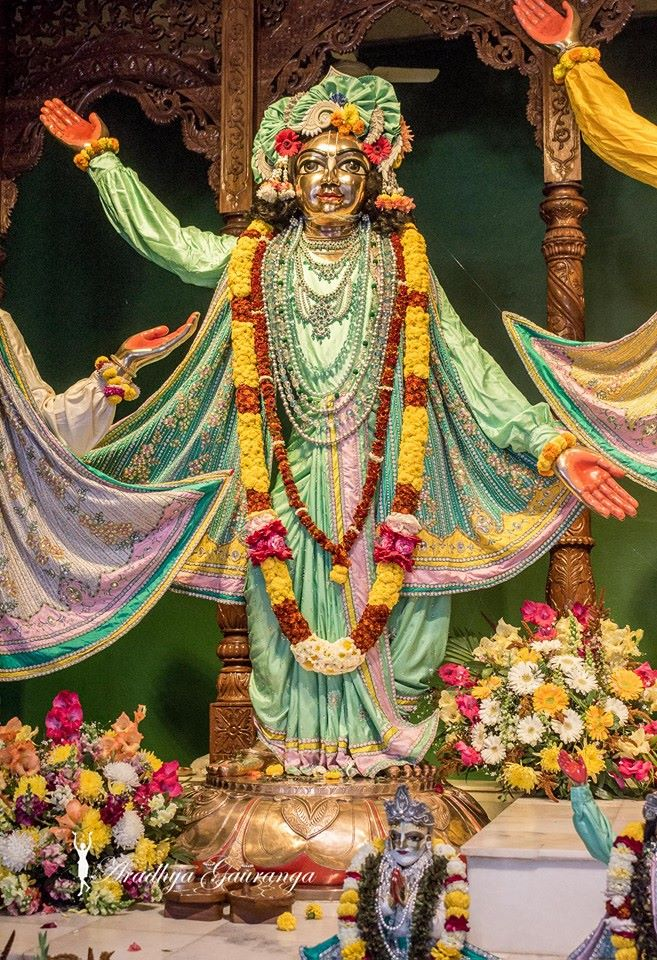 ISKCON Mayapur Deity Darshan 02 Feb 2016 (4)