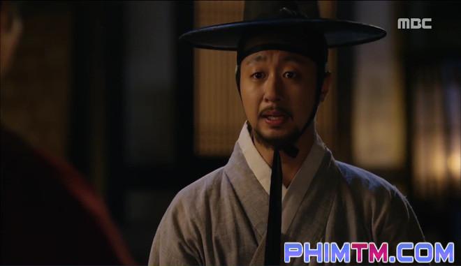 Đố kị với Kim So Hyun, nữ phụ Quân Chủ tự tay xẻo thịt mình - Ảnh 7.