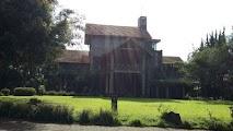 villa istana bunga 6 kamar halaman luas