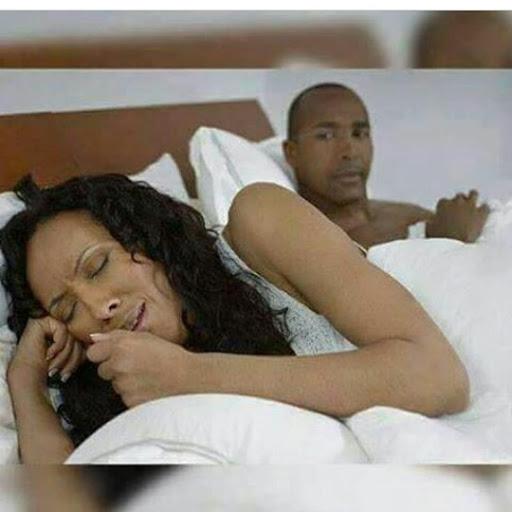 mume akiwasiliana na ex-wife