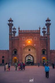 """""""Main Entrance of Badshahi Masjid"""""""