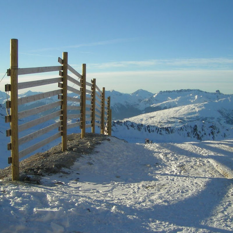 Les_Arcs_29 Aiguille Rouge Fence.jpg
