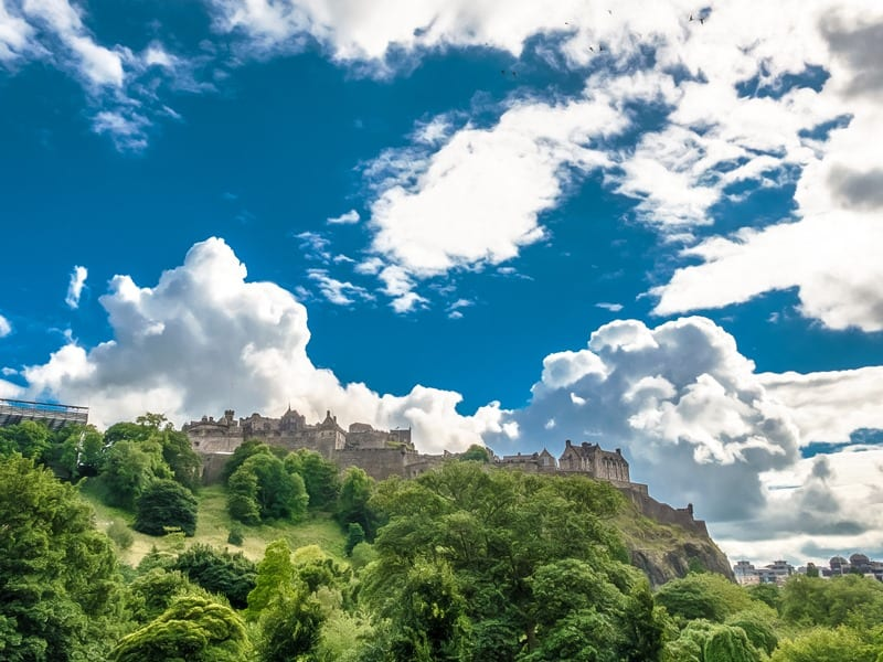 Edinburgh Castle - 12 Off the Beaten Path Things to do in Edinburgh!