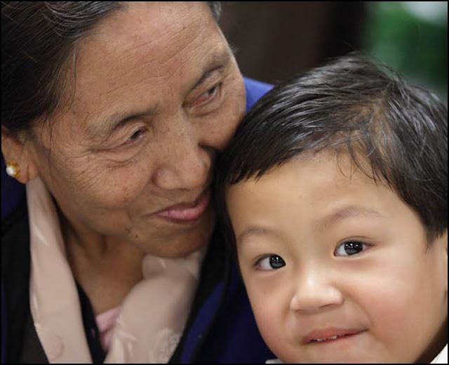 21st Commemoration of Nobel Peace Prize Award to His Holiness the 14th Dalai Lama - 72b%2B0016A.jpg