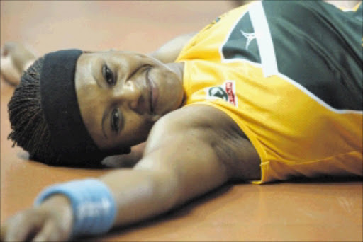 RAVISHING: Nthabiseng Moabi. Pic. Simphiwe Mbokazi. 24/11/2005. © Unknown.Nthabiseng Moabi South African netball captain during the warm up for the match against Englang.photograph SIMPHIWE MBOKAZI 24/11/05