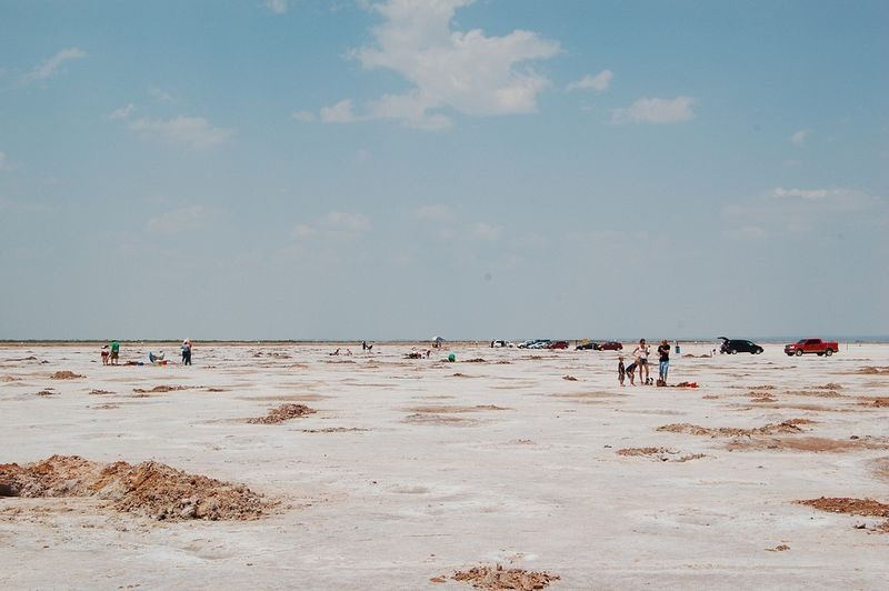 great-salt-plains-crystal-digging-2