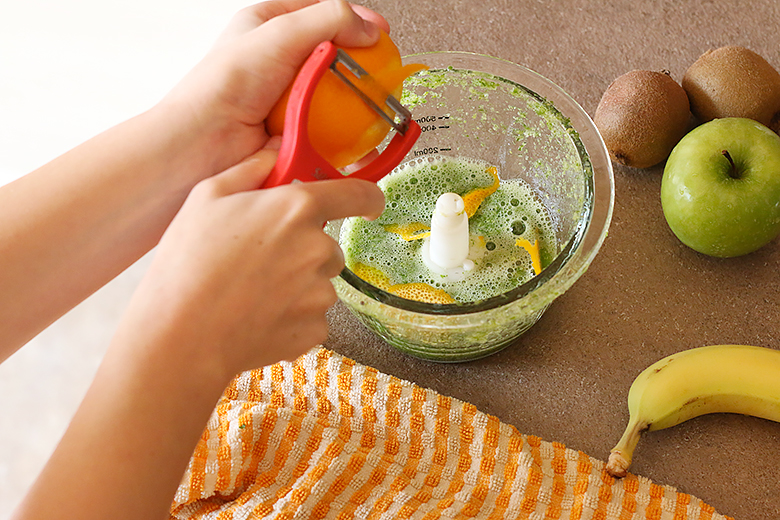 Add orange zests to your green smoothie.