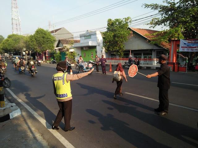 Polsek Magersari tekankan tertib lalu lintas dan antisipasi kejahatan di jalan