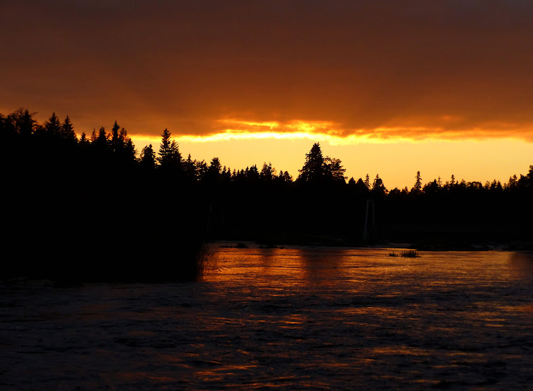 crepuscule+koiteli+rayons+soleil+riviere