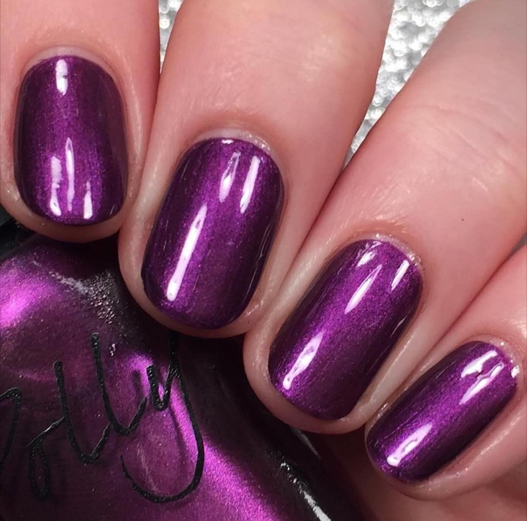 Amazing Sleek and Chic Silver Nail Designs | Fashion Qe