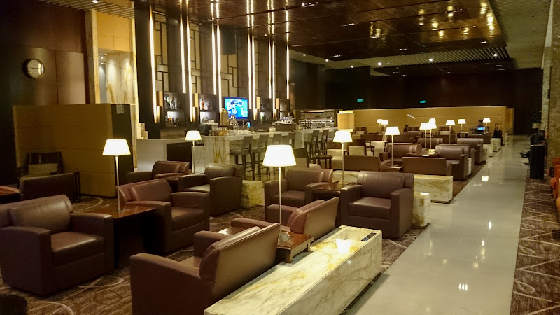 REVIEW – Singapore Airlines : First Class Lounge, SIN T3