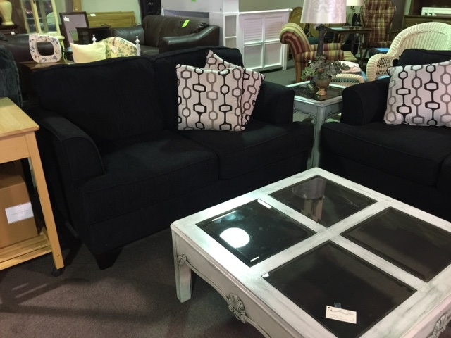 Bon Posted By Design Furniture Consignment At 8:59 AM 12 Comments