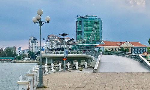 Bến Ninh Kiều, điểm nhấn phố đi bộ