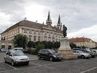 A Püspöki palota és a Székesegyház.jpg