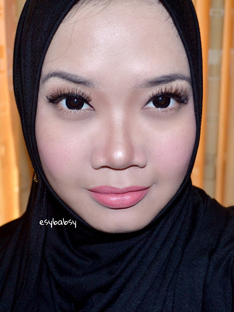 WARDAH-INTENSE-MATTE-LIPSTICK-ESYBABSY-REVIEW