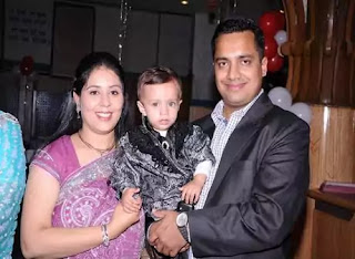 Dr Vivek Bindra Family, Wife, And Child