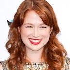 ellie-kemper-wavy-red-romantic-sophisticated-hairstyle.jpg
