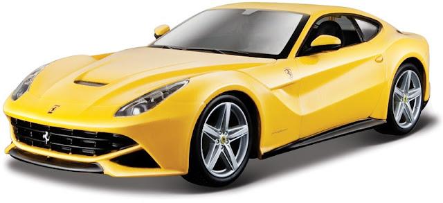 Hình ảnh tinh tế bắt mắt của chiếc Ferrari F12 Berlinetta màu vàng