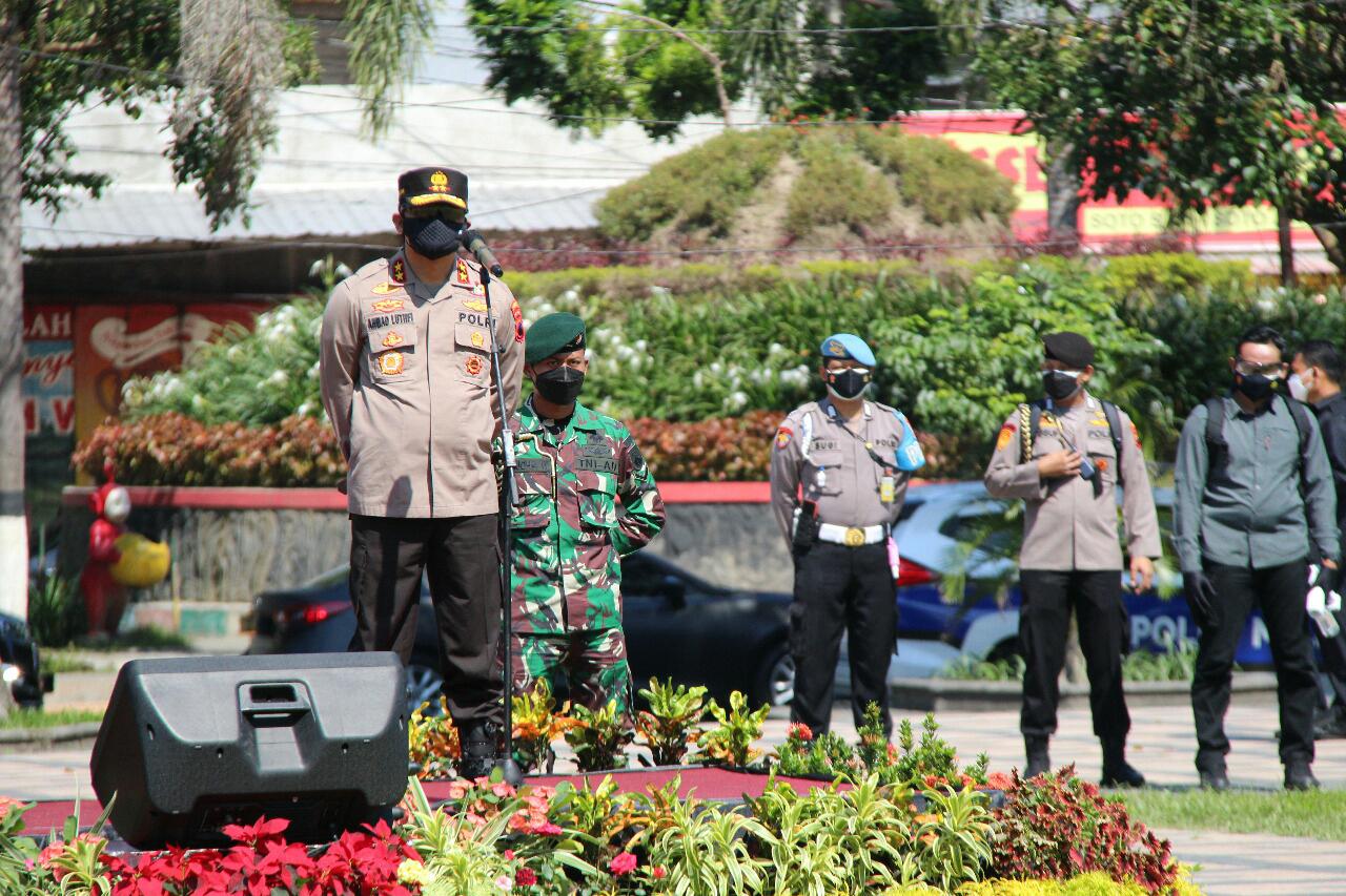 Kapolda Jateng dan Pangdam IV Diponegoro Pimpin Apel Gelar Pasukan Satgas Penanganan Covid-19 di Alun-Alun Klaten