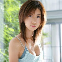 Bomb.TV 2006-09 Mariko Okubo BombTV-mo001.jpg