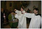 Velikonoční vigilie - udělování křtu a biřmování
