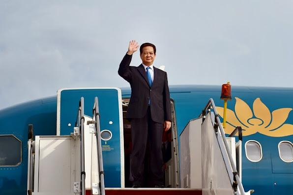 Thu tuong Nguyen Tan Dung den Malaysia du Hoi nghi cap cao ASEAN lan thu 26
