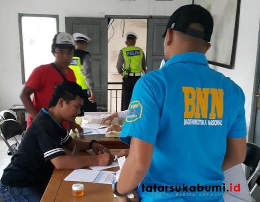 BNNK Sukabumi Test Urine Sopir dan Awak Angkutan Lebaran 2019