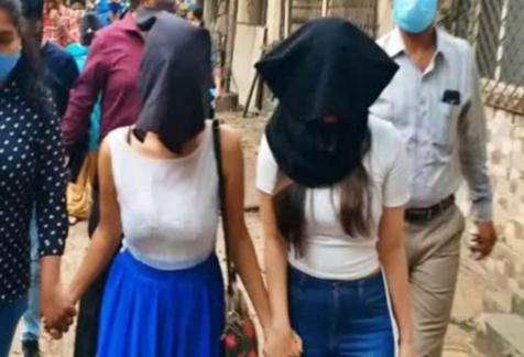 ಹೈಟೆಕ್ ವೇಶ್ಯಾವಾಟಿಕೆ ಜಾಲ ಪತ್ತೆ: ಇಬ್ಬರು ತಮಿಳು ನಟಿಯರು ಸಹಿತ ಐವರ ಬಂಧನ (VIDEO)