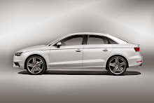 2014_Audi_A3_Sedan_2