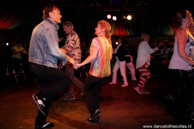 Naaldwijkse Feestweek Rock and Roll Spiegeltent (20).JPG